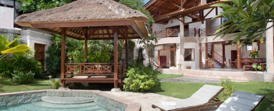 Holiday Villa Rental In Seminyak Villa Darya 5 Bedrooms